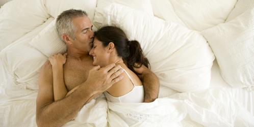 Razones por las que mantener sexo a diario: Aumenta la esperanza de vida