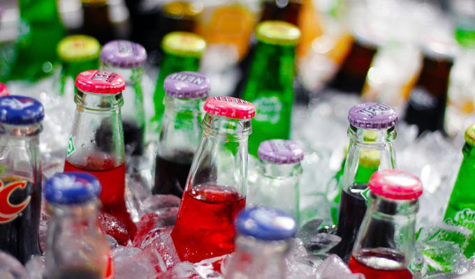 Las bebidas refrescantes reducen sus calorías un 19%