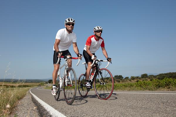 6 objetos esenciales para las salidas en bicicleta