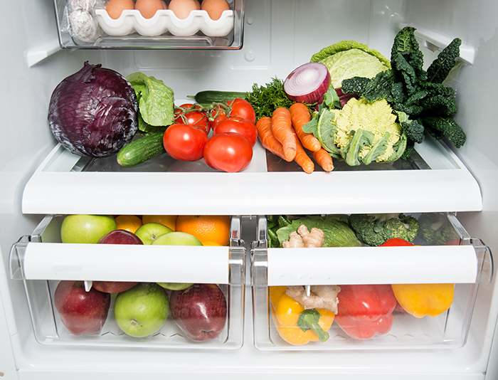 8 alimentos que no pueden faltar en tu cesta de la compra este verano