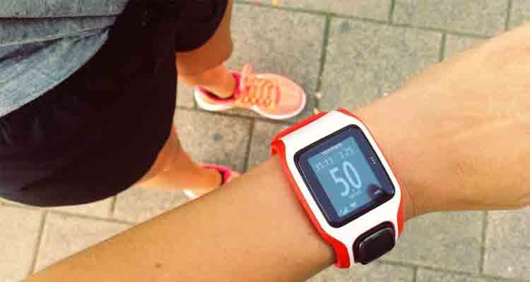 Pulsómetro durante el ejercicio aeróbico