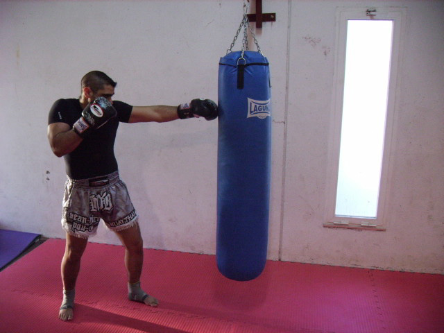 4 Beneficios De Entrenar Con El Saco De Boxeo