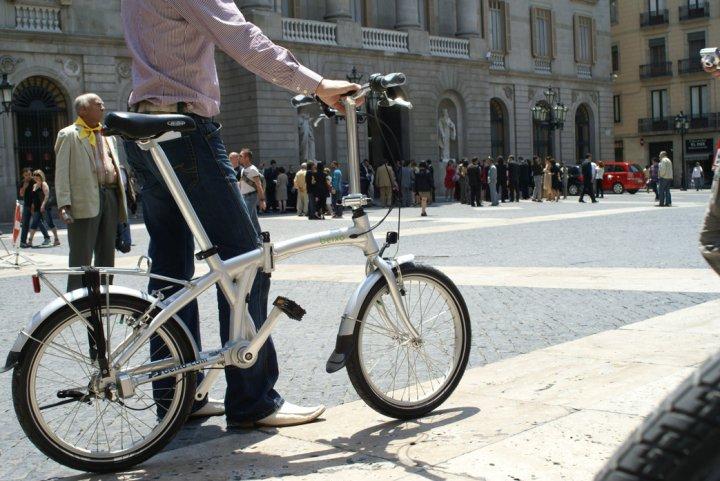 bicicleta-plegable-ciudad