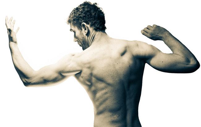 Descubre cómo conseguir unos brazos más grandes y definidos