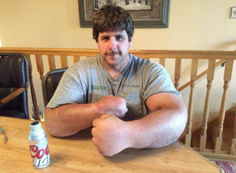 Jeff Dabe - Minnesota arm wrestler Credit: Jeff Dabe/Facebook