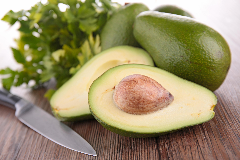 Alimentos depurativos para eliminar toxinas: Aguacate