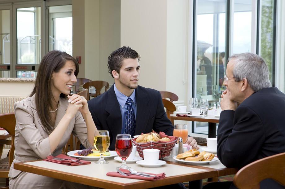 ¿Es posible comer bien durante los viajes de trabajo?