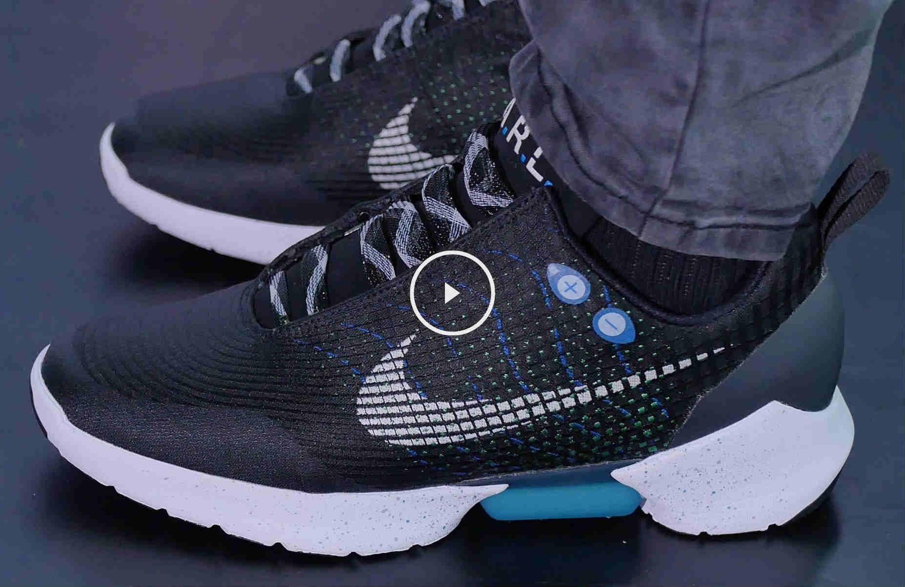 recoger Injerto estómago  Nike presenta unas zapatillas que se atan solas