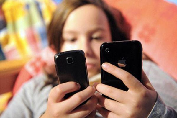 Móvil Smartphone - Adicción al teléfono móvil