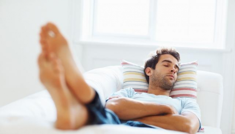 Los expertos recomiendan dormir dos veces al día