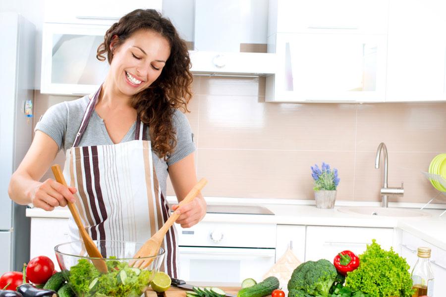 5 soluciones naturales para dejar de comer en exceso