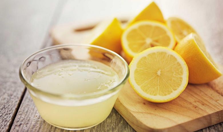Alimentos depurativos para eliminar toxinas: Limón