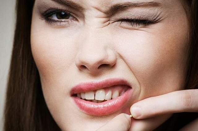 Como curar granos enterrados en la cara