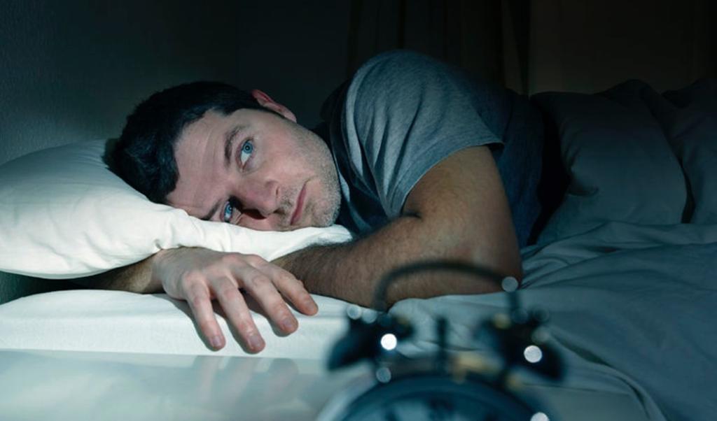Cómo controlar la ansiedad por la noche.