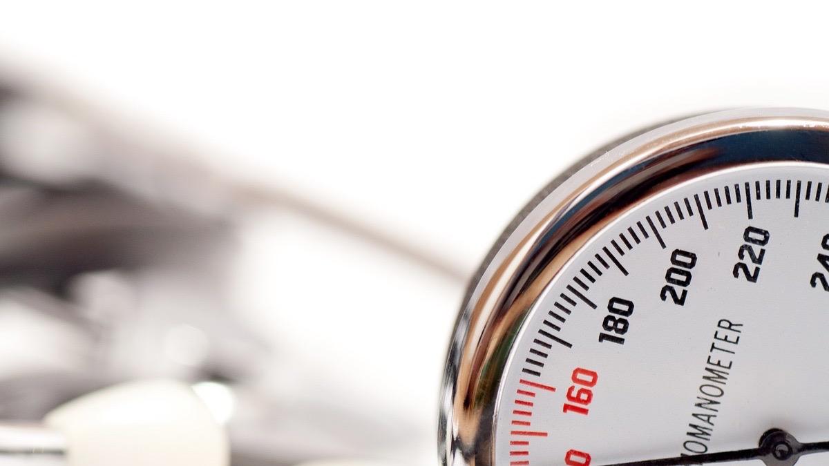 Sube la presión arterial después de una comida