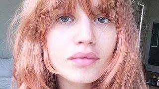 Georgia May Jagger con melena blorange