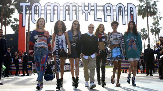 Gigi Hadid en el desfile de Tommy Hilfiger