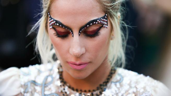 Lady Gaga Maquillaje Tommy Hilfiger