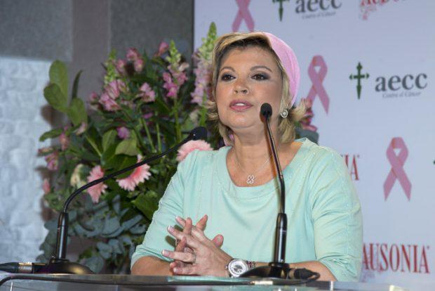 """Teresa Campos, indignada con 'Lecturas': """"La salud es susceptible de demanda"""""""