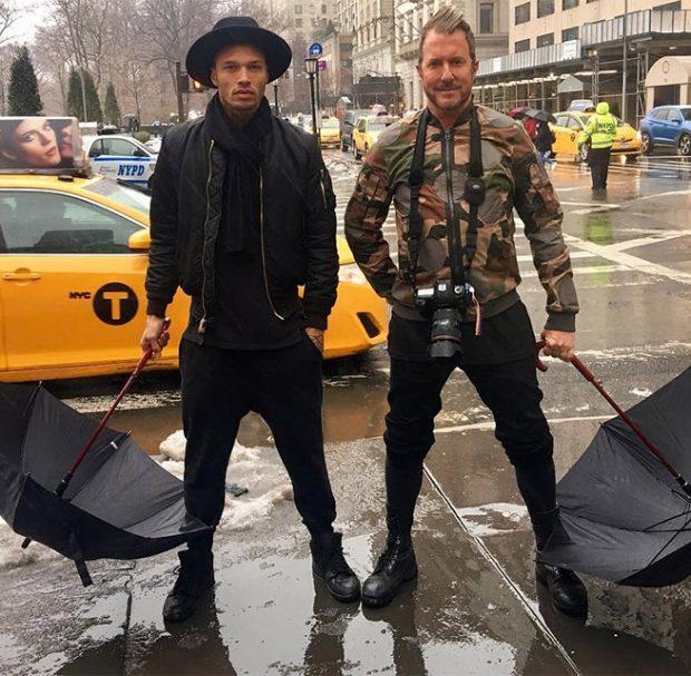Jeremy Meeks y su mánager y mejor amigo Jim Jordan en Nueva York durante la NYFW / Instagram.