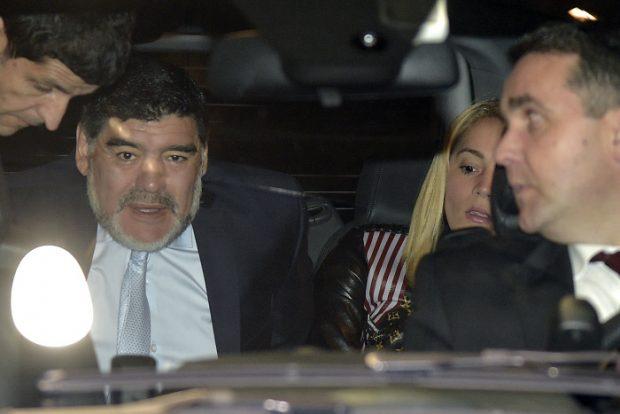 Ana Rosa Quintana arremete contra Maradona: «Que se vaya a curarse de nuevo»
