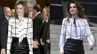 La reina Letizia y Rania de Jordania con sendos looks en blanco y negro / Gtresonline