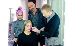 Alvarno, Beatriz Matallana y José Belmonte maquillan a una modelo / Gtres