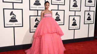 Rihanna durante los Grammy / Gtres