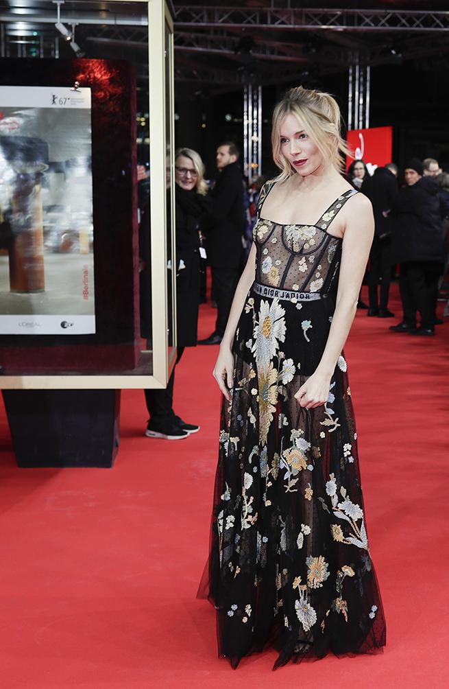 Sienna Miller Dior Festival Cine Berlín