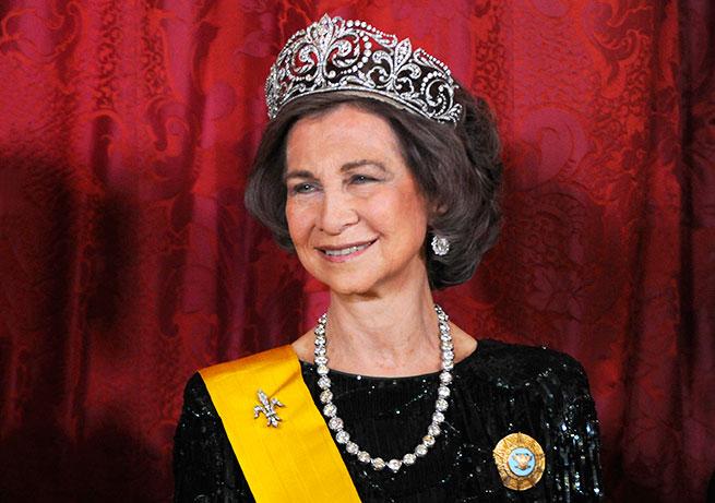 reina sofia tiara flor de Lis