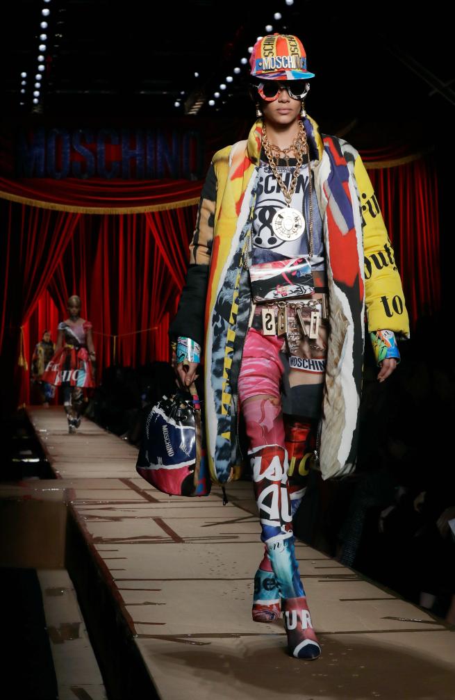 Moschino Milan Fashion Week 2017