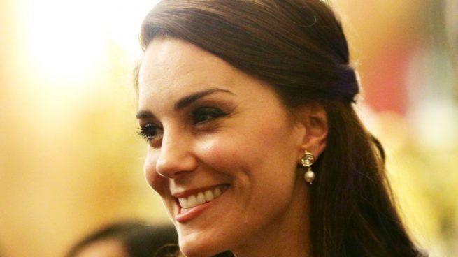 Kate Middleton Vestido Erdem Armani Isabella Huppert Oscar 2017