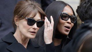 Carla Bruni y Naomi Campbell en el funeral por Franca Sozzani/ Gtres