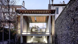 La arquitectura integrada en el entorno es la seña de identidad de RCE (Casa Row, Girona) / Pritzker