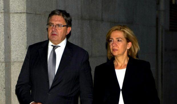 Carlos Garca Revenga y la Infanta Crisitna (Gtres)