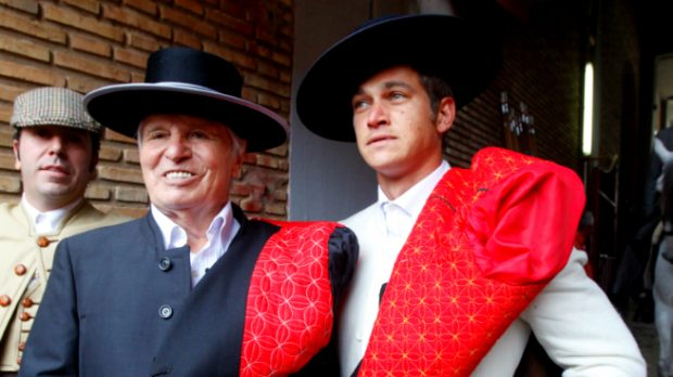 Manuel Benitez y su hijo, Julio (Gtres)