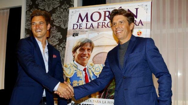 Julio Benitez y Manuel durante la presentación de la feria taurina de Morón de la Frontera (Gtres)