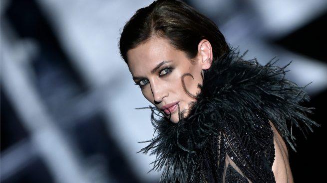 Nieves Álvarez Madrid Fashion Week 2017 Juan Duyos Desfile Modelos