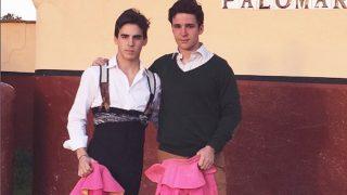 Felipe Juan Froilán, junto al torero Gonzalo Caballero (Instagram)