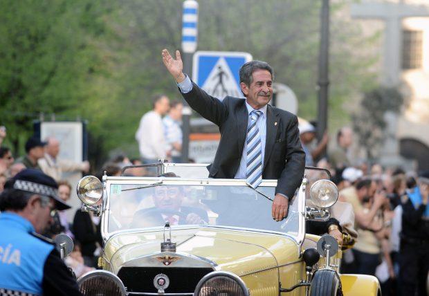 Se desvela el sueldo de Miguel Ángel Revilla como político