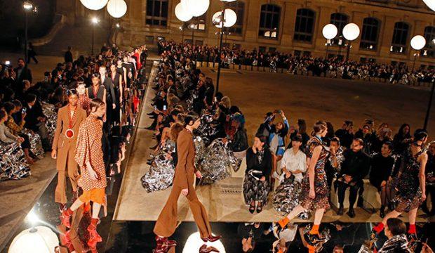 Clare Weight Kelle nueva directora creativa de Givenchy