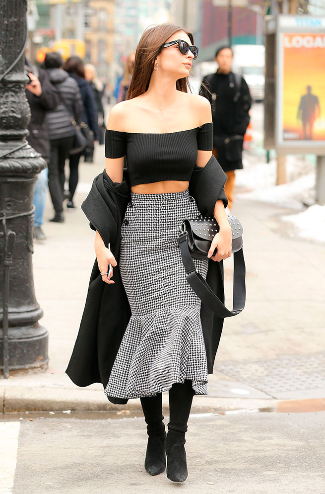 Emily Ratajkowski Off Shoulders Tendencia Primavera 2017