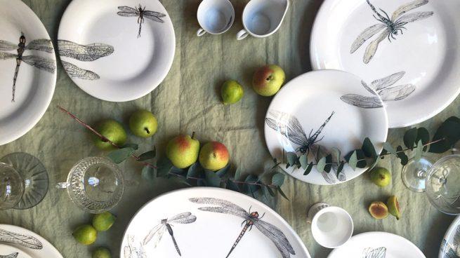vajillas de diseo arte sobre la mesa