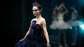 Haz clic en la foto para descubrir cómo las celebs defienden sus looks de bailarina / Gtres