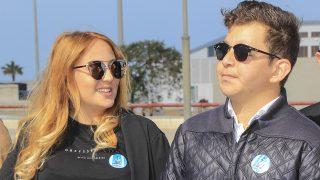 David y Rocío Flores Carrasco durante la reinauguración de estatua de Rocío Jurado en Chipiona / Gtres