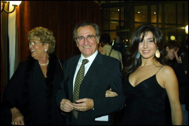 Manolo Escobar con su mujer y su hija en una imagen de archivo (Gtres)