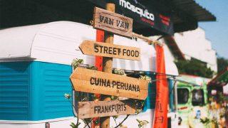 Imagen de un foodtruck con señalización del Van Van Market / Instagram