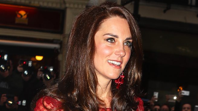 Kate Middleton Londres Marchesa vestido rojo