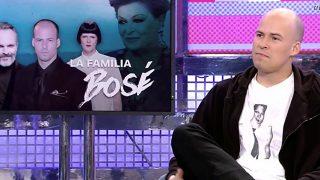 Olfo Bosé durante su entrevista en el 'Deluxe' /Telecinco