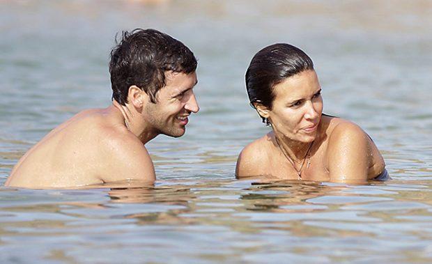 El matrimonio durante unas vacaciones en Menorca /Gtres